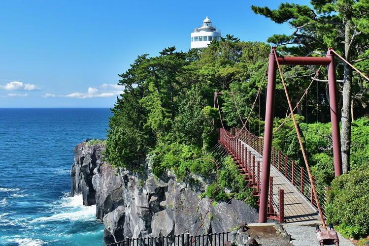 城ヶ崎海岸。壮大な景色が楽しめる。
